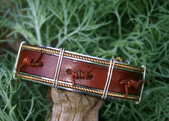 "52909 Rendzvous West Barbed Leather Bracelet by Deborah & Russell Shamah  ~ 7/8"" x"