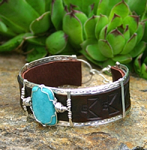 #52011 Campitos Turquoise & Eagle by Deborah & Russell Shamah  ~  x