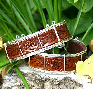 #53511 Rendezvous West Leather Bracelet by Deborah & Russell Shamah Carved Leather ~  x