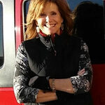 Carolyn Kollegger - Finish Your Paintings!
